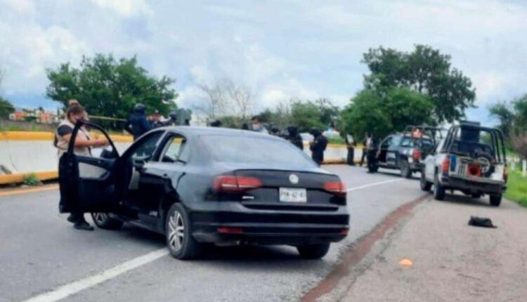 Impressive-images-a-shooting-between-police-and-criminals-left-five.jpg