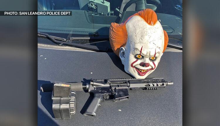 clown-rifle-sanleandropd.jpg