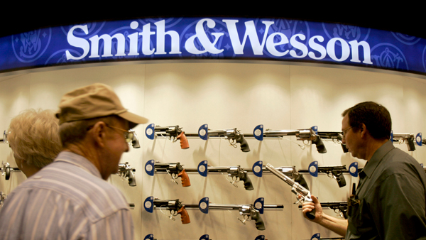 smith-wesson_Re.jpg