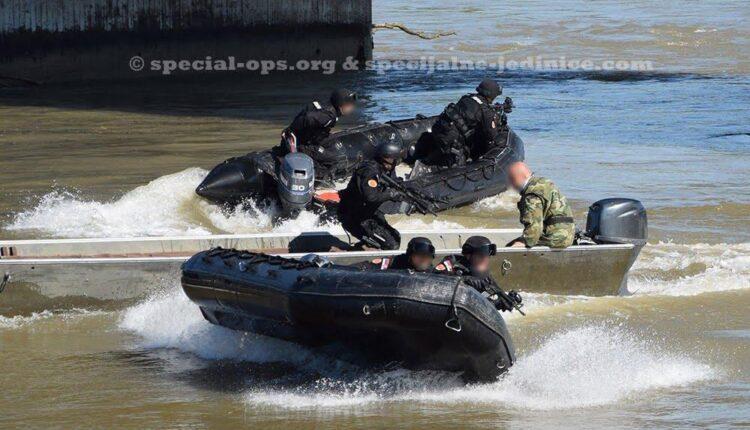 Gendarmerie-of-Republic-of-Serbia-2.jpg